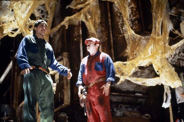 マリオとルイージは、ニューヨークの地下にある恐竜帝国へ潜入する