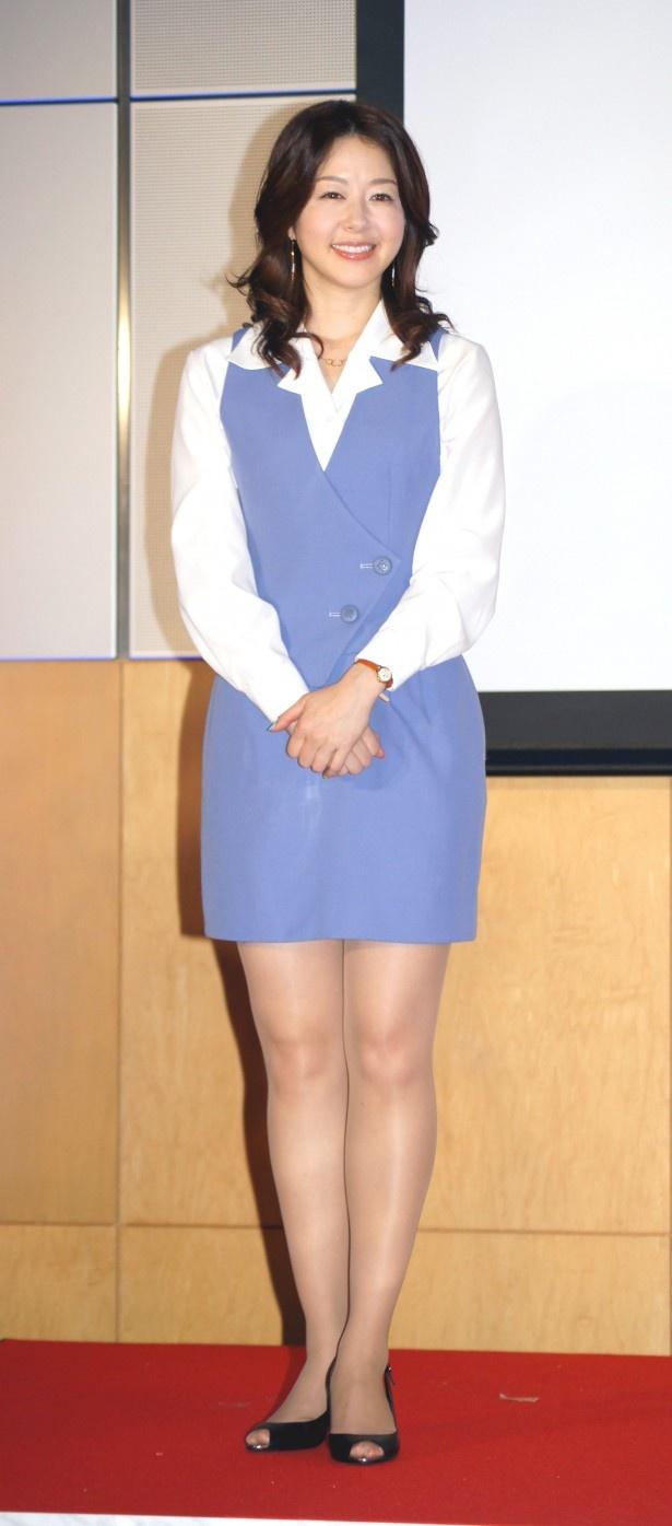 ショムニの制服で歯を見せ笑う堀内敬子