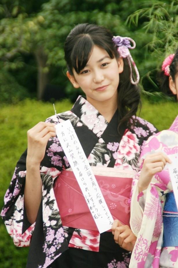 「X21のみんなで全国を周り応援して下さる方に沢山笑顔を届けられますように」と小澤奈々花