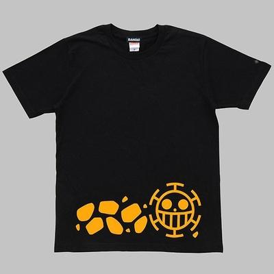 【写真を見る】ローをイメージしたTシャツなど4種のこだわりグッズが先行販売!