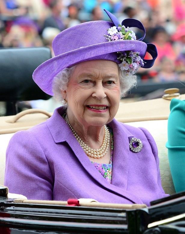 エリザベス女王がサンドリンハムにある敷地をウィリアム王子にプレゼント!