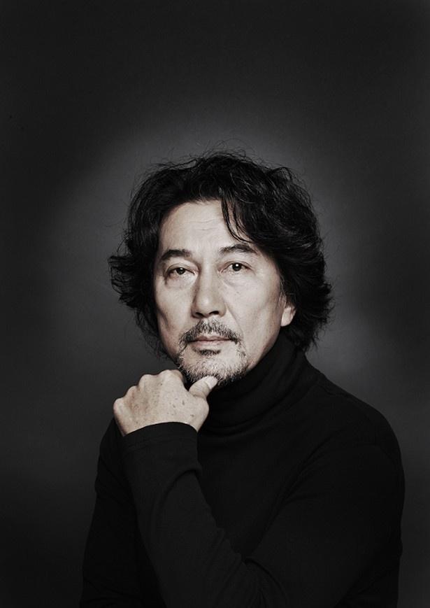 主演は『パコと魔法の絵本』(08)以来の中島作品出演となる役所広司