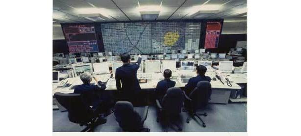 23区内の110番がかかる通信指令センターは、ドラマの世界のよう(警視庁)