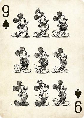 様々なデザインのミッキーマウスが描かれている