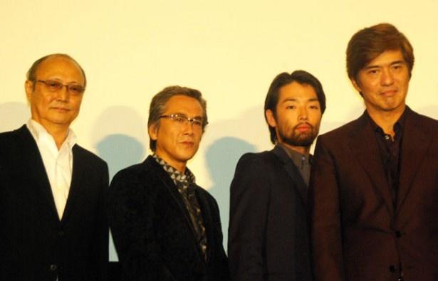 舞台挨拶の檀上から現在続々と発表されているノーベル賞に対し「ノーベル平和賞を狙える作品です。ここにいる全員でノーベル平和賞を目指します!」と語った一同
