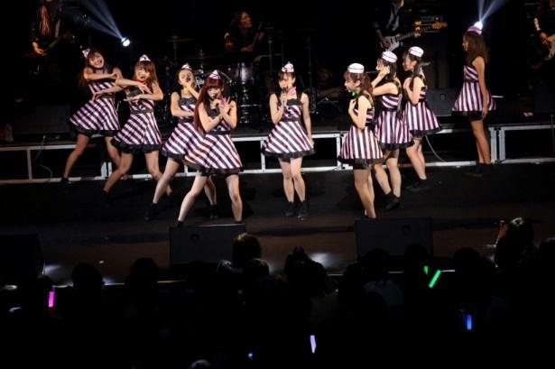 10月16日(水)発売のニューシングル「Growing Up」をファンの前で初披露したPASSPO☆