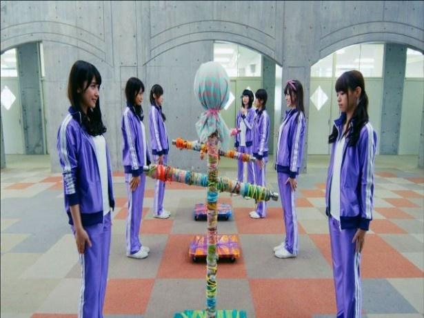乃木坂46の7thシングル「バレッタ」のカップリング「そんなバカな…」のMV