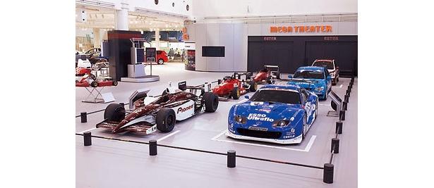 トヨタが参戦するモータースポーツのマシンを展示した「モータースポーツスクエア」(MEGAWEB)