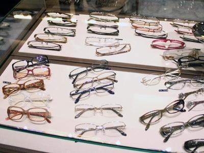 他にもオシャレなメガネがたくさん