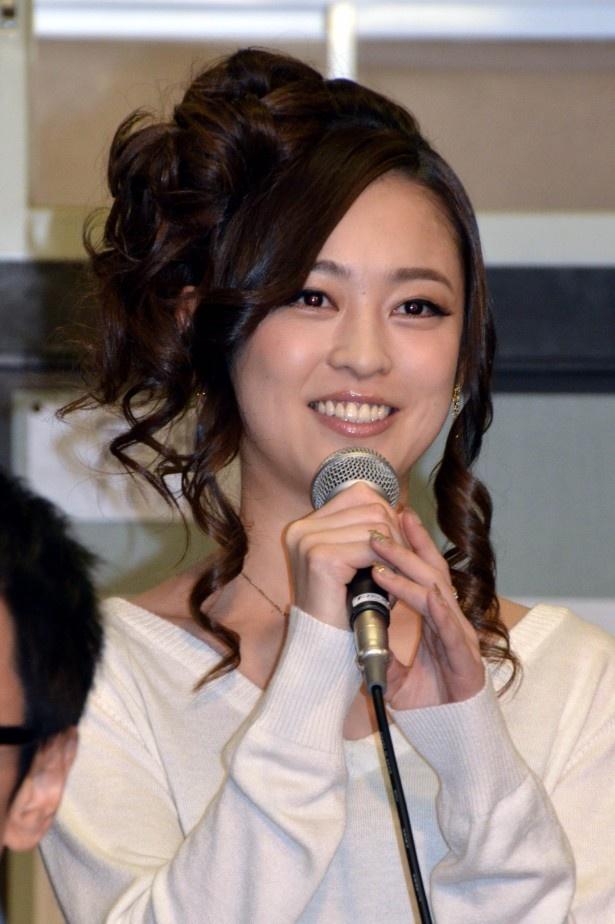 「個性豊かなクラスメートと夜野先生にしがみついて頑張っていきたいと思います!」と気持ちを明かしたキャバ嬢・神戸優奈役の滝裕可里