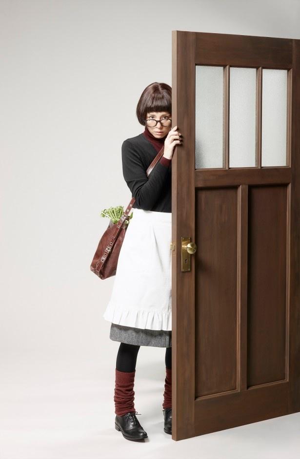 「家政婦は見た!」で不気味でダーティーな家政婦・信子を演じる米倉涼子