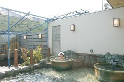 ツボ風呂で春を満喫!