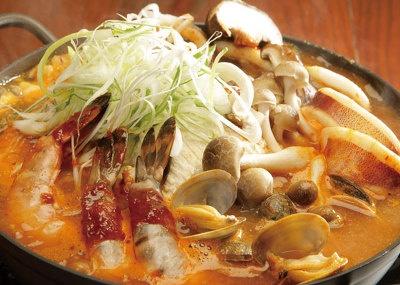 辛鍋やの「海鮮チゲ鍋」