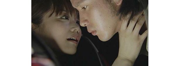 映画や舞台で注目されている佐藤江梨子さんも出演