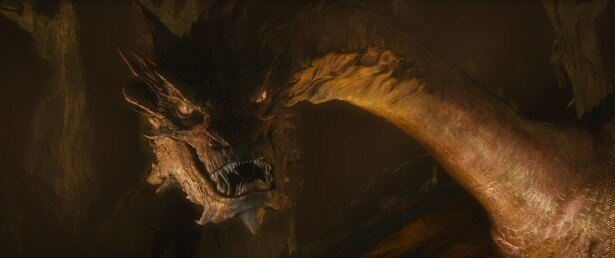 【写真を見る】邪竜スマウグの声を演じるのは今や大人気のベネディクト・カンバーバッチさん