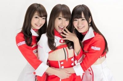 第9期クレインズに選出された安藤麻貴、高家望愛、山本捺生(写真左より)