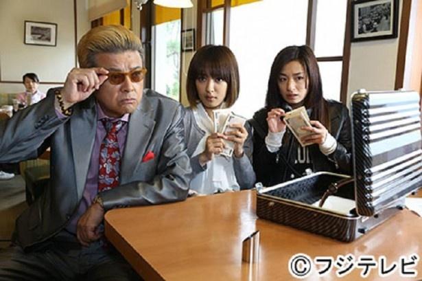 「極悪がんぼ」の第1話ゲストとして尾野真千子(右)や三浦友和(左)らと共演し、「大変だけど、勉強だと思いながらやらせていただいています」と語る夏菜(中央)