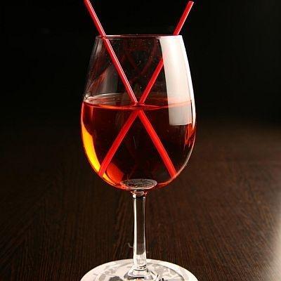 幸村のイメージカラー赤をイメージしたノンアルコールカクテル「紅蓮」(580円)
