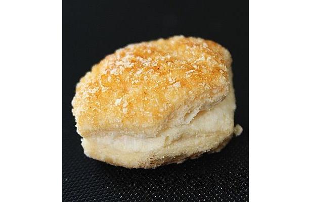 """パイにたっぷりかかったこの鹿児島の""""塩""""入りグラニュー糖がうまい!"""