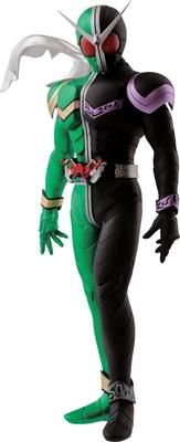 A賞 仮面ライダーWフィギュア(全1種) 細部も忠実に再現した造形や彩色が見どころ。高さ約20cm ABS製台座付属