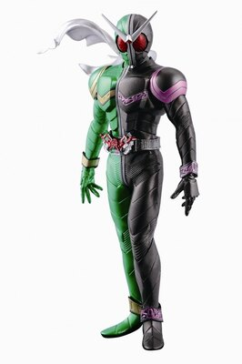 ダブルチャンスキャンペーン 仮面ライダーWフィギュアスペシャルカラーver. A賞のスペシャルカラーバージョン。高さ約20cm ABS製台座付属