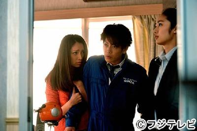 第5話で綾子(野波麻帆)にそばにいてほしいとせがまれる夏輝
