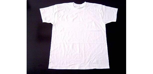丸首Tシャツ(678円)も消臭加工!