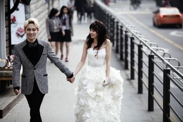 八木アリサは、SHINeeのキーと仮想結婚生活を送る
