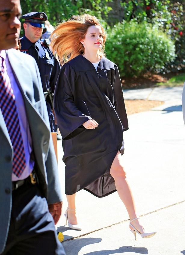 【写真を見る】ブラウン大学の卒業生2000人の中の1人がエマ・ワトソン!