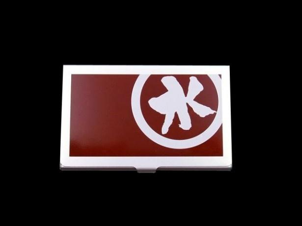 E賞のカードケース(赤)