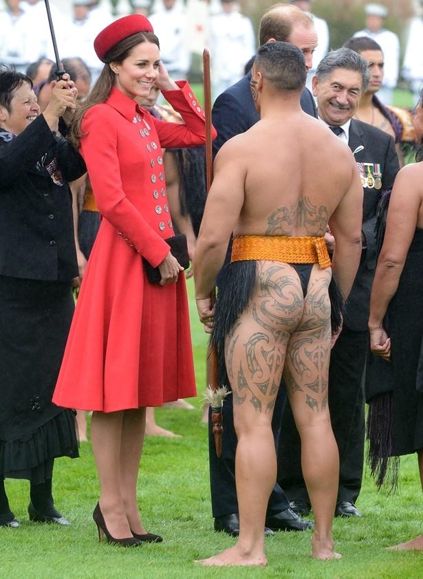 【写真を見る】キャサリン妃はその日Tバックだったのか?