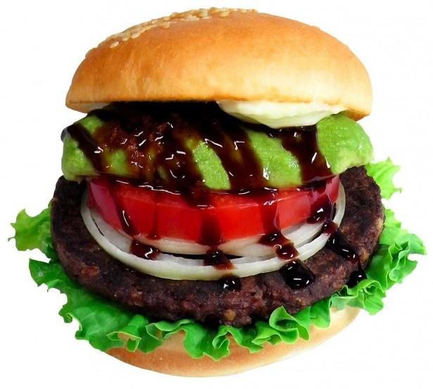 「ハワイアンマグロバーガー」(税別560円)は、マグロを使用したパティにアボカドをトッピングした贅沢なハンバーガー