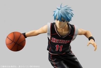 TVアニメ「黒子のバスケ」の1/8スケール完成品フィギュアシリーズの最新作となる「黒子テツヤ 黒ユニフォームver.」