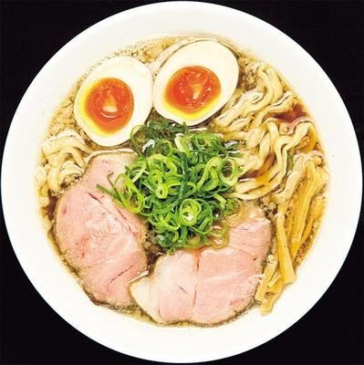 「らーめん香澄」の味玉煮干ラーメン¥850