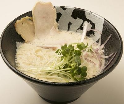 2/12オープンの「ぼっこ志」の鶏白湯¥750