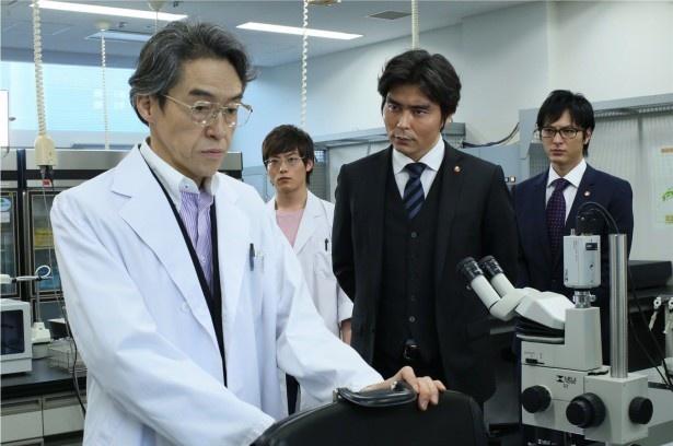 6月4日(水)放送の「TEAM―」第8話では、佐久が化学会社社員の死亡事... 6月4日(水)放