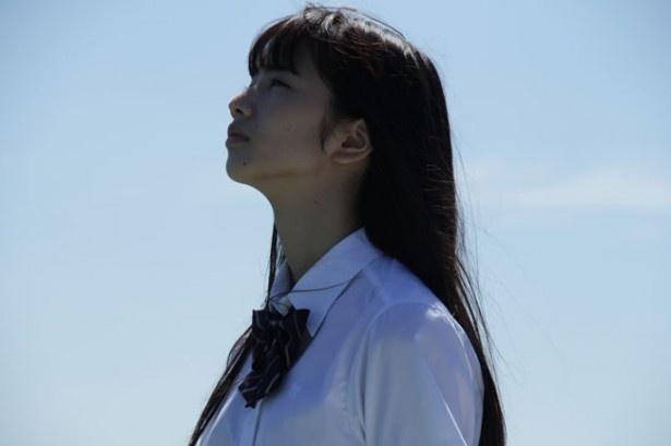 加奈子に憧れるボクから見た彼女は清純な美少女だ