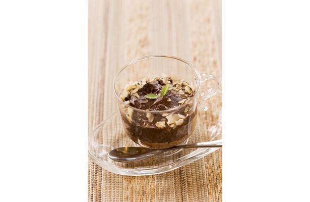 「Antege Garden cafe」のチョコレートムースは、生クリームの代わりにアボガドを使用