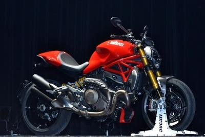 最新モデル「DUCATI Monster 1200」