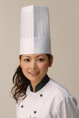 【画像を見る】美人パティシエ、柿沢安耶(かきさわあや)さんが劇中のスイーツを野菜で完全に再現!