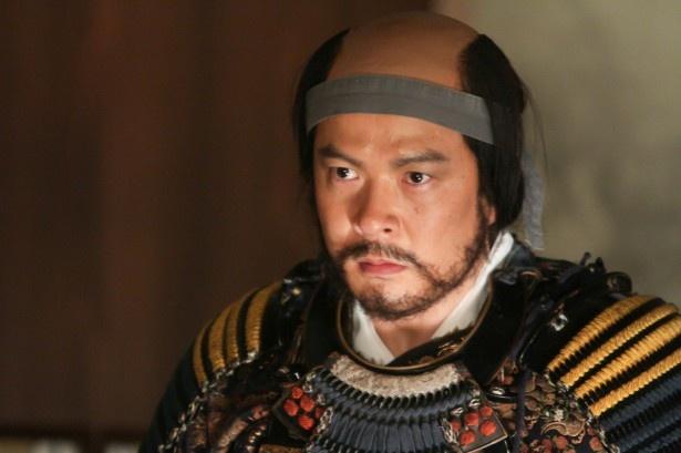 田中哲司演じる荒木村重は官兵衛を信長を裏切り、約1年間官兵衛を幽閉する