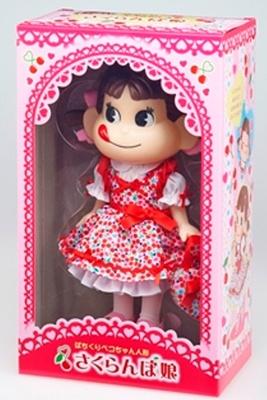 不二家ネットショップと同日発売する「ぱちくりペコちゃん人形(さくらんぼ娘)」