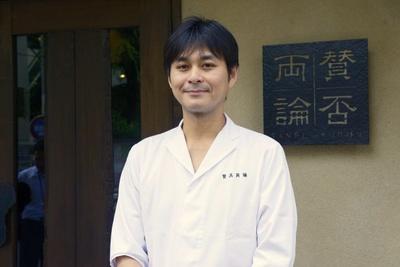 【写真を見る】「女子会コース」のプロデュースをした日本料理賛否両論の笠原将弘氏