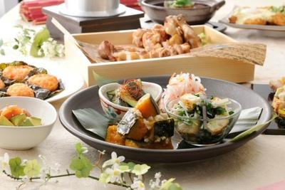 野菜もたっぷり摂れるのも魅力的(3480円コース)おばんざい四種盛り逢わせ