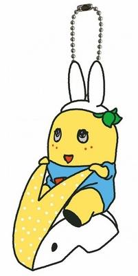 【写真を見る】梨うさぎに乗るふなっしーがかわいい!8月2日(土)からの第2弾で発売される「梨うさぎふなっしーマスコット」(税抜1000円)※写真はイメージ