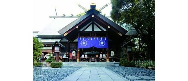平日でも行列ができる!恋愛の神様「東京大神宮」