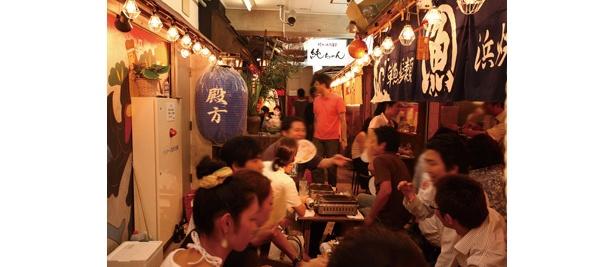 「恵比寿横丁」。戦後に始まったアーケード商店街「山下ショッピングセンター」の跡地を再生