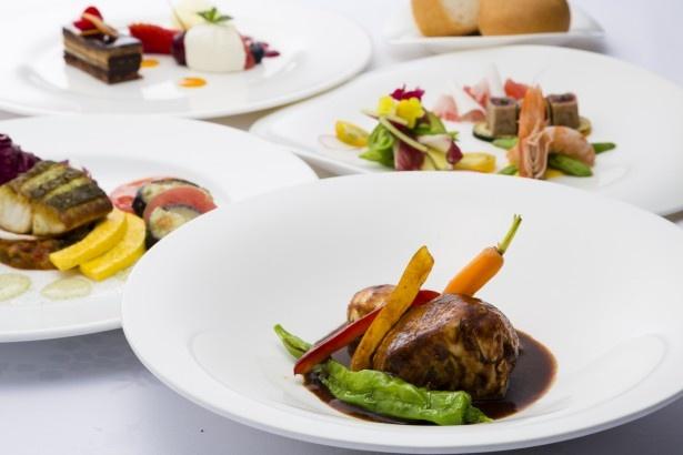 「サンシャイン クルーズ・クルーズ」のコース。メインの肉料理は短角牛のモモ肉と、リードヴォーを綱脂で包んだ、独特な食感を楽しめる一皿