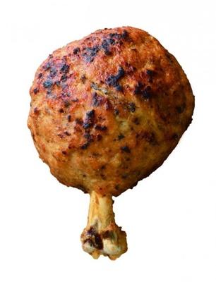 「骨付き原始肉風 ハンマーチキン」は夏限定