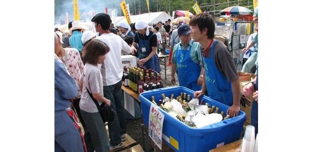 北の収穫祭 ワインカーニバル in おたるのワイン、青果の直売
